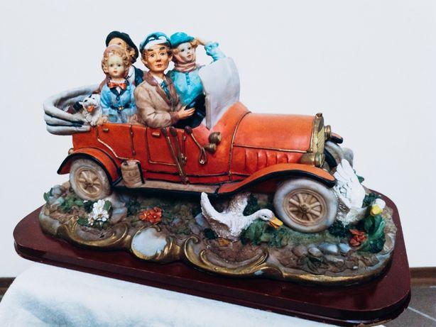 ceramiczna figura Capodimonte family