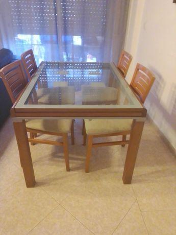 Mesa de jantar extensível