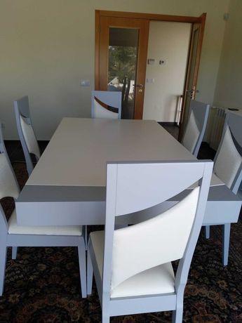 conjunto mesa+6 cadeiras+comoda