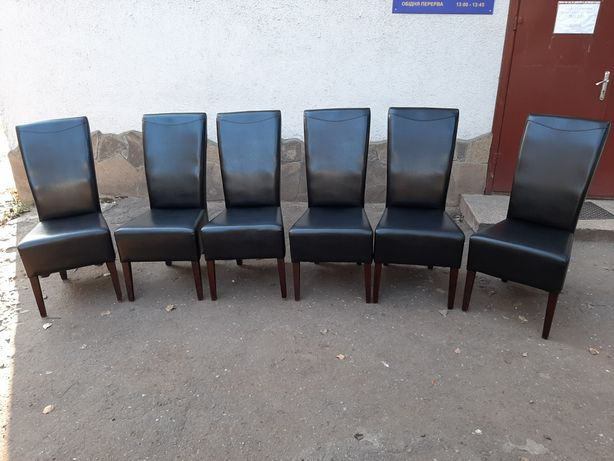 Крісла деревяні з оббивкою 6шт. Стулья