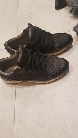 Buty sportowe brokatowe La strada r.40