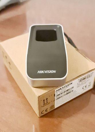 Биометрический считыватель Hikvision DS-K1F820-F