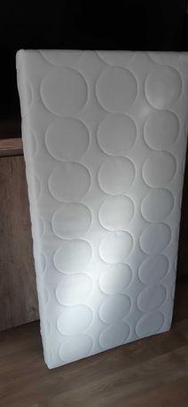 Materac Ikea do łóżeczka dziecięcego 60 cm x 120 cm x 8 cm