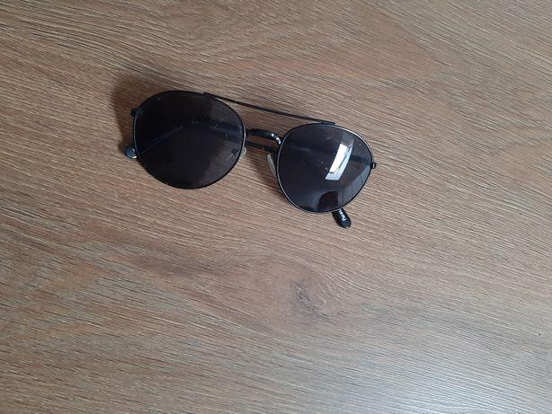 Czarne okulary przeciwsłoneczne Sinsay nowe, idealny stan czarne