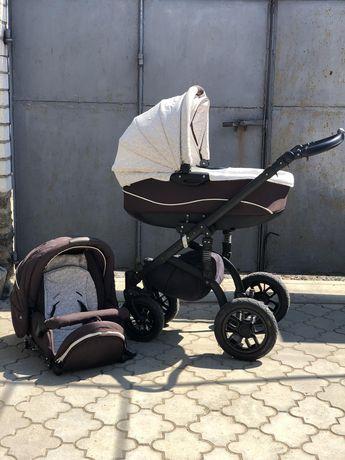 Продам детскую коляску 2 в 1, удобная в использовании