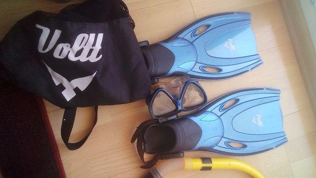 zestaw do nurkowania: płetwy, maska, fajka