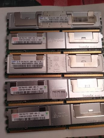 2 GB Pamięci RAM