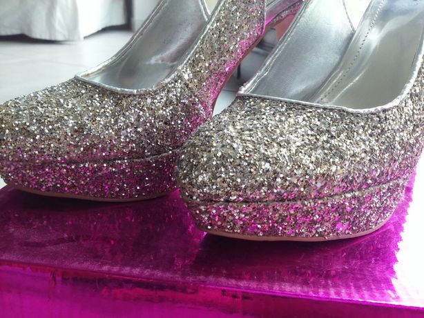 buty na obcasie 37 srebrno-złote