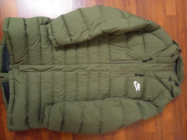 Продам Оригинал курточку Nike