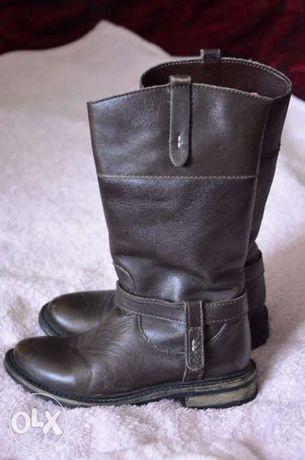 Продам кожаные утепленные сапожки Zara,размер 25