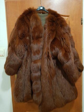 Piękne naturalne futro płaszcz