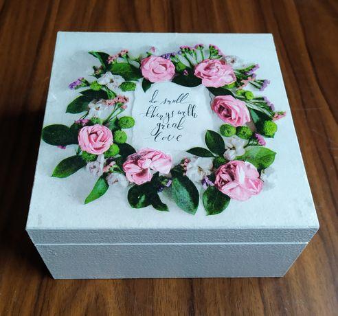 Drewniane pudełko, 4 przegrody, herbaciarka,pudeko na biżuterię,kwiaty