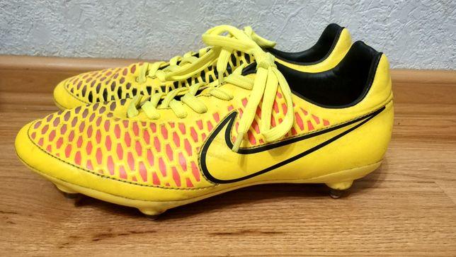 Футбольные бутсы Nike Magista 39 р