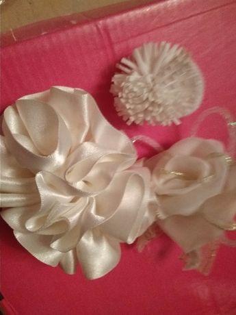 детские заколки набор из 3шт= автомат цветы +2 резинки для волос белые