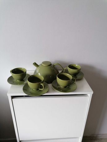 Serwis, komplet do kawy lub herbaty dla 4 osób nowoczesny design 50 zł
