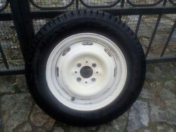 Продам почти новое колесо
