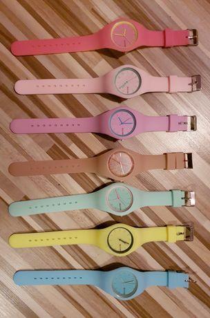 Zegarek na gumowym pasku nowy :-)