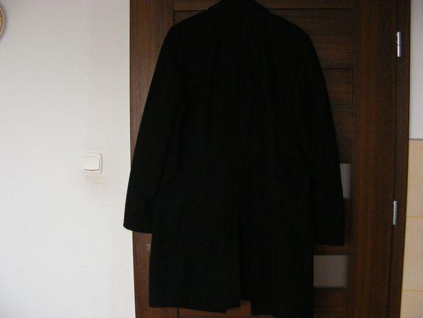 Płaszcz czarny w rozmiarze 46.
