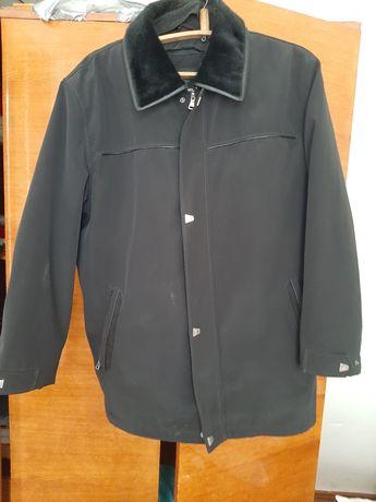 Продам демисезонну курточку чоловічу