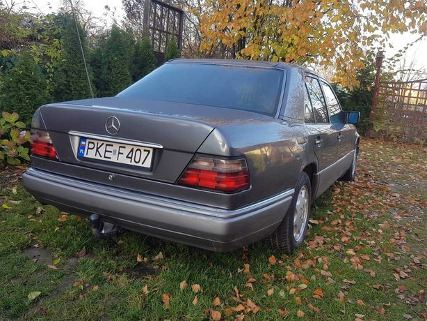 Mercedes Benz 124 300 D klasa E