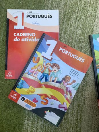 Livros 1ºano Português