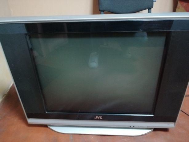 Телевизор на запчасти JVC
