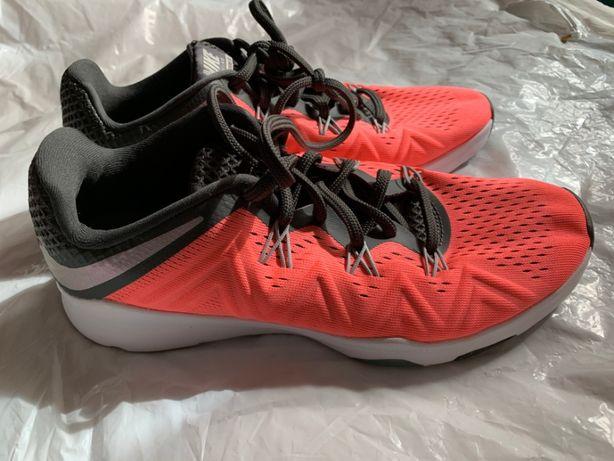 Кроссовки Nike (оригинал) новые женские