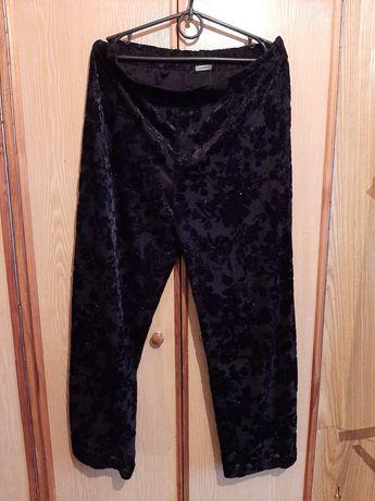 Штаны нарядные,чёрные ,стрейчевые, размер 56