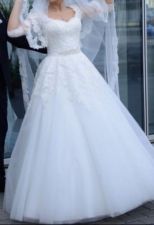 Весільне плаття кольору айворі!