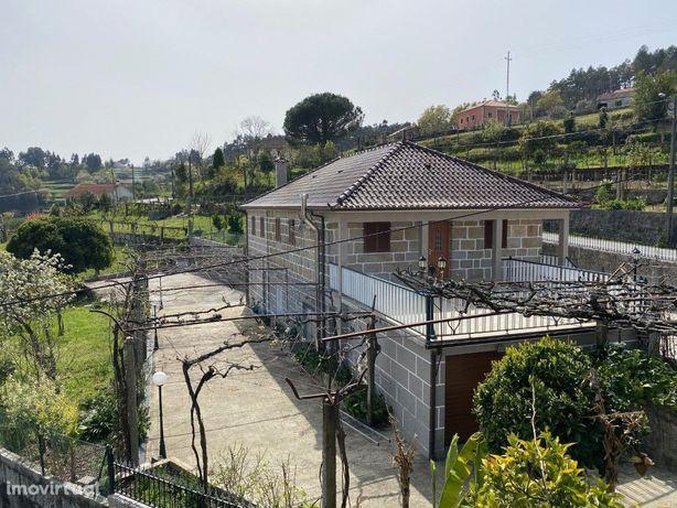 Moradia T4 Arcos de Valdevez ou condominio privado com do...