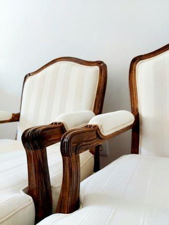 Par de Bérgeres brancas ao estilo Luís XV - Cadeirões Poltrona