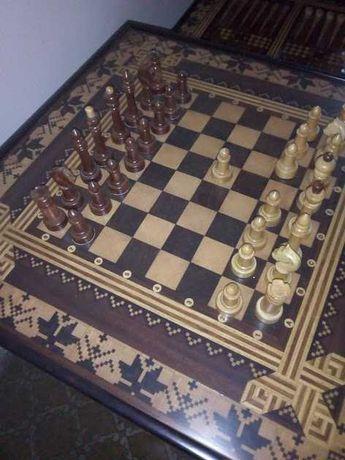 шахматы со столиком