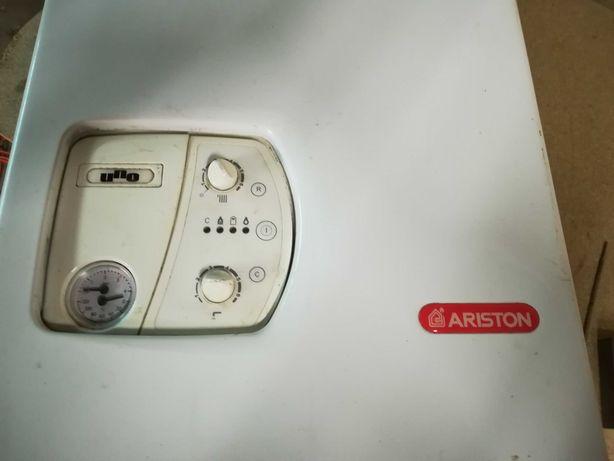 Ariston Uno piec gazowy dwufunkcyjny