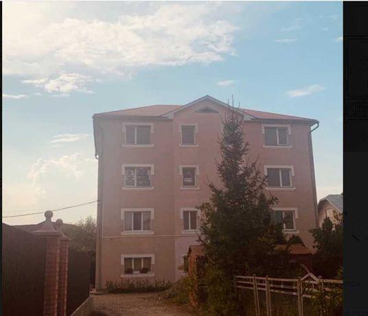 Дворівнева квартира у місті Тисмениця