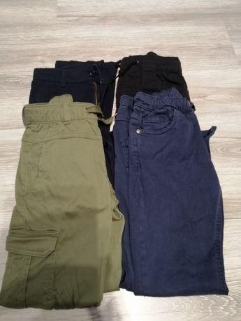 Zestaw spodni dla chłopca w rozmiarze 140