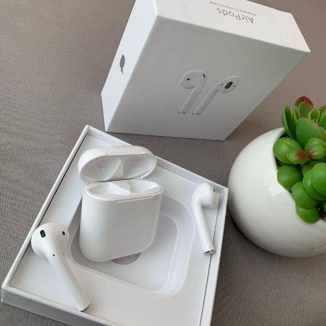 Навушники Apple AirPods 2 with Charging Case (MV7N2) 2-е покоління