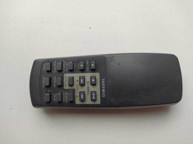 Отдам даром пульт ду от магнитолы Samsung RCD-M50B
