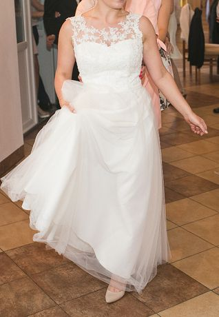 Piękna suknia ślubna rozm. 36-38 w odcieniu kości słoniowej