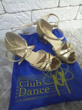 Танцевальные босоножки