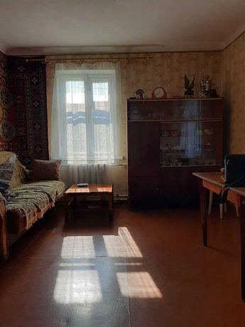 Продам 2-х комнатную квартиру, в районе 2-й школы