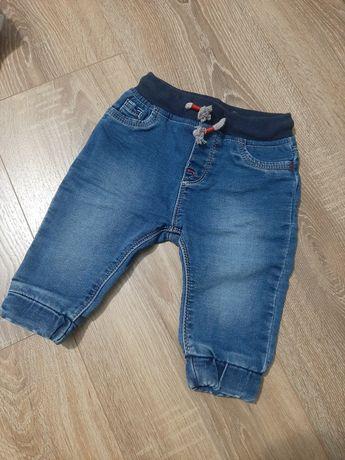 Spodenki jeansowe rozm. 68