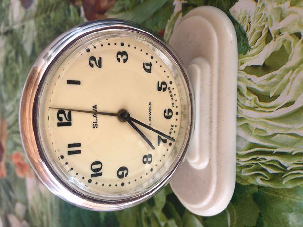 Часы будильник СССР в рабочем состоянии SLAVA
