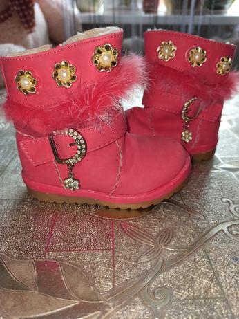 Зимові чобітки, взуття для дівчинки