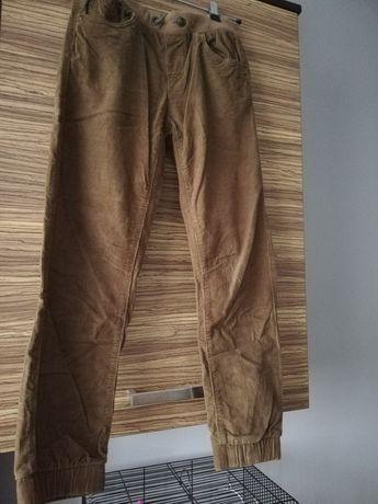 Spodnie na chłopca