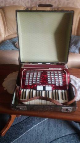 Sprzedam akordeon baccarole magister 2