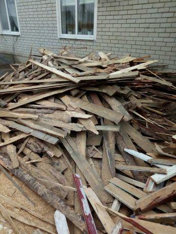дрова, обрезки сосны