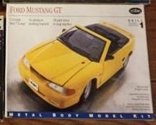 Kits Modelismo antigos escala 1:24 Carros