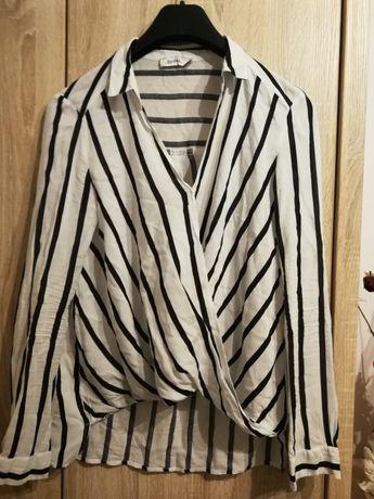 Koszula bluzka biala bershka xs