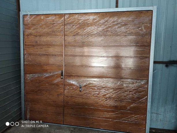 Brama garażowa 251x223