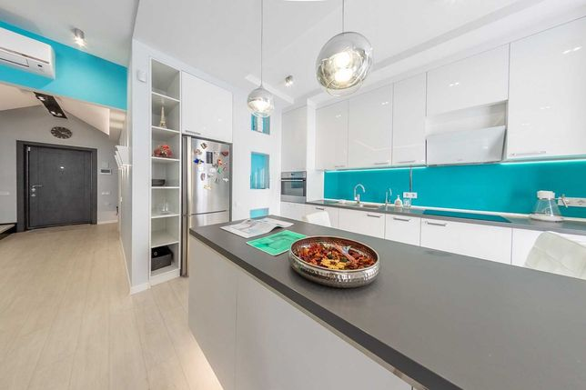 Продам  3-х комн квартиру +кухня  Аркадия 115 м2 Дизайнерский ремонт